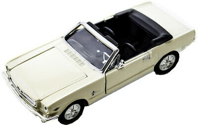 1964 1/2 Ford Mustang Cabriolet weiss 1:24  Motormax