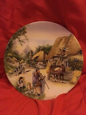 Royal Doulton Plate : OLD COUNTRY CRAFTS : The Thatcher : Unboxed, Immaculate