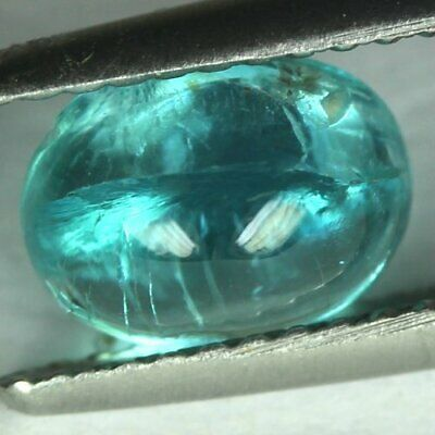 1.60 cts.7.9 x 6.1 mm.UNHEATED NATURAL CABOCHON BLUE MADAGASCAR APATITE OVAL