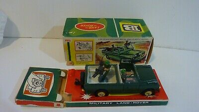 Britains metal and plastic Military Land Rover with 2 figures
