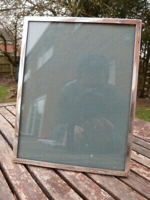 Elegant Vintage Walker & Hall Hm 1945 Silver Freestanding Photo/picture Frame