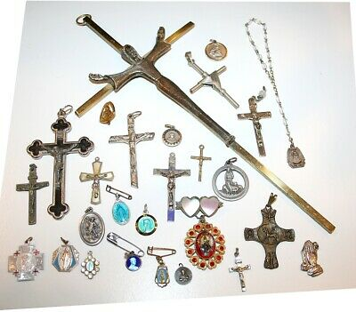 ANTIQUE & VINTAGE LOT of RELIGIOUS CROSS LARGE & SMALL CRUCIFIX MEDALs