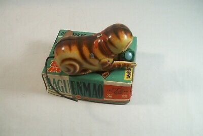 Vintage Tin Key Wind Up Cat With Ball Toy