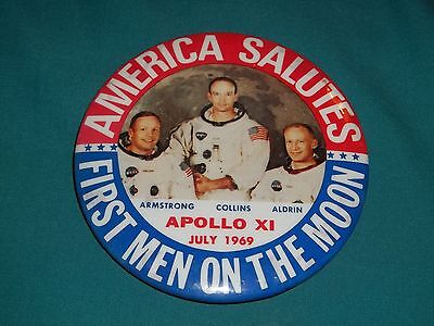old Authentic Original APOLLO Astronaut MOON LANDING July 1969 PIN BACK BUTTON
