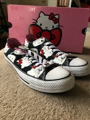 789846014ce776 Converse X Hello Kitty Chuck Taylor All Star Low Top Black prism Pink White