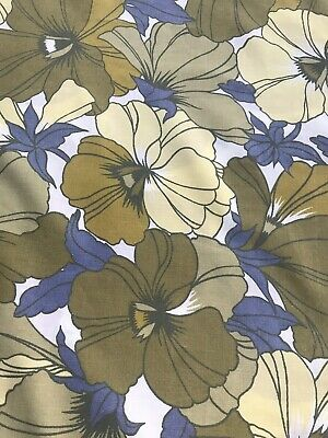 Vintage 1970s Flower single Sheet Fabric,ideal for dressmaking 97 Cm  By 135 Cm