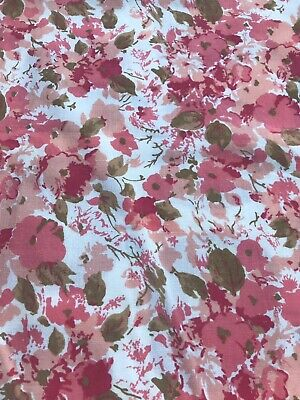 Vintage 1970s Flower single Sheet Fabric,ideal for dressmaking 90 Cm  By 129 Cm