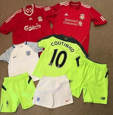 Bundle job lot X 7 football shirts+shorts  mixed sizes