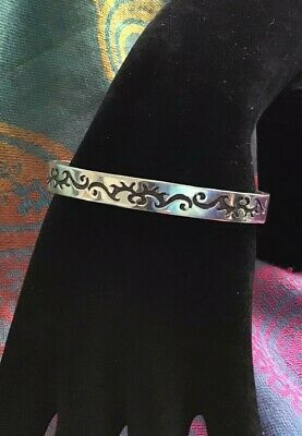 Elegant Vintage Solid Silver Bangle Fully Hallmarked And Stamped Cs
