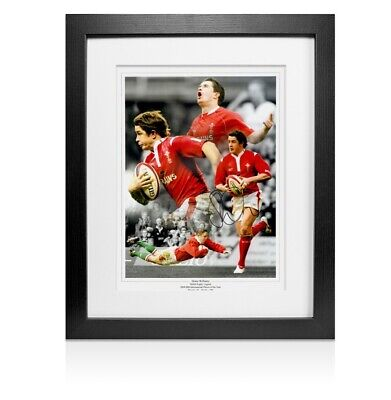 Framed Shane Williams Signed Photo  Autograph