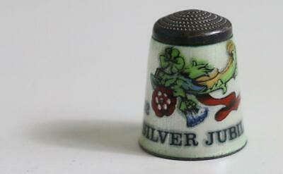 LOT 27 Solid silver and enamel thimble Silver Jubilee 1977 J.S.& S. James Swann