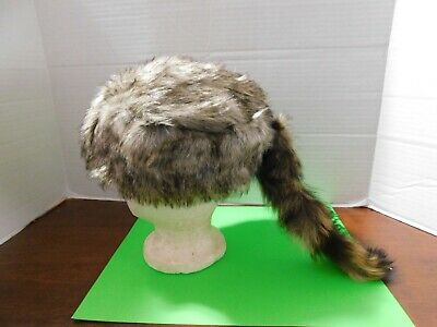 fa96c4ca763 Davy Crockett   Daniel Boone Light Colored Coon Skin Hat W Real Coon Tail  Nice