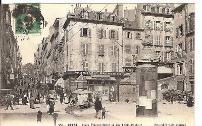 Cpa  Brest Place Etienne Dolet Finistere / Pharmacie Kiosque Affiches