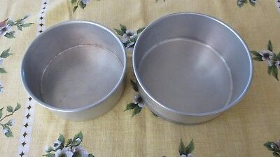 2x Vintage Aluminium round cake tins,can be tiered for celebration cakes