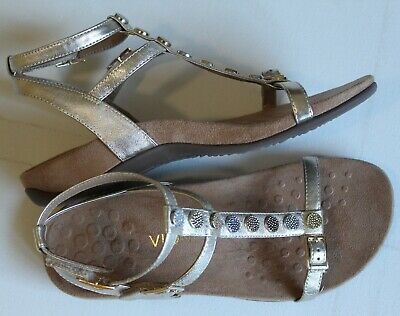 7c9037f41005 Champagne Vionic Orthotic Rest Hailey Strappy Gladiator style Sandals - 7  new