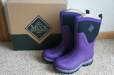 aafd82ba2ac8 NIB Muck Boot Women s Arctic Sport II Mid Extreme Condition Sport Boot  Purple 6
