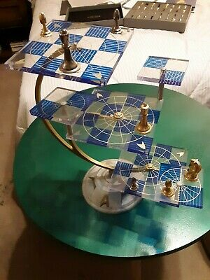 The Official Star Trek Tridimensional Chess Set Franklin Mint 1994