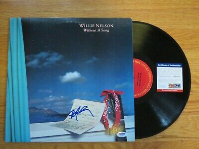 WILLIE NELSON signed WITHOUT A SONG 1983 Record / Album PSA AE64402 Farm Aid
