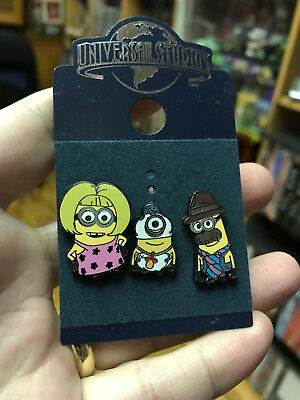 3 MINIONS PINS, DESPICABLE ME / Universal Studios Collectible Pin Set on Back Bo