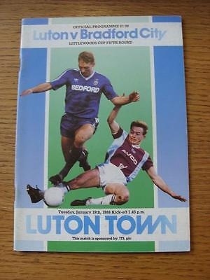 19/01/1988 Luton Town v Bradford City [Football League Cup] . Item In very good