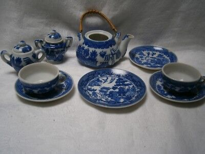 11 Pieces Of Child's Antique Blue Willow Tea Set For Dolls Or Bears Accessories
