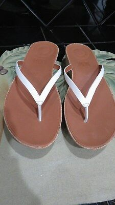 d908412f6fe82 Fitflop Womens Sandals Linny Toe Thong Sandals Leather Urban White Size 11