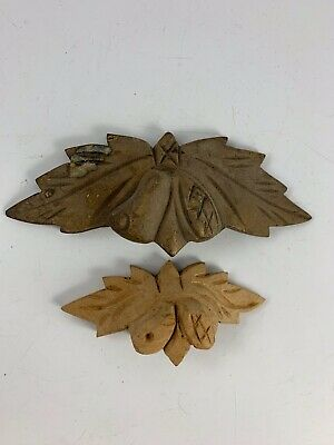 Pair Of Vintage Wooden Carved Mismatched Leaf & Acorn Drawer/Cabinet Handles