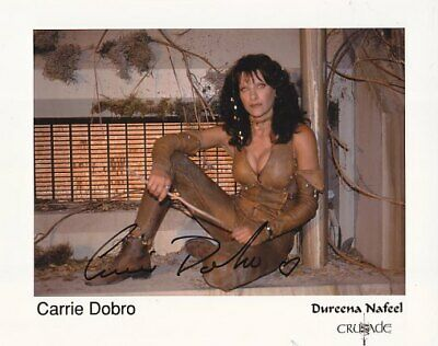 BABYLON 5 CRUSADE CARRIE DOBRO 2 hand signed