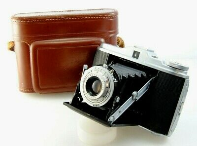 Vintage Agfa Isolette V folding 120 film camera. Agnar 85mm 4.5 lens, 6x6 LOMO,