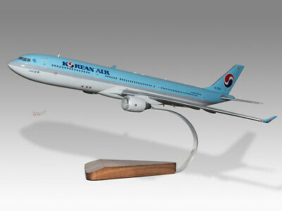 Airbus A330-300 Air Transat Version 3 Solid Mahogany Wood Handmade Desktop Model Models
