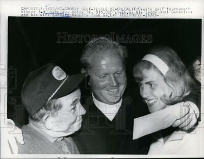 1967 Press Photo Jack Nicklaus wife & caddy Didi Gonsalves at Pebble Beach CA