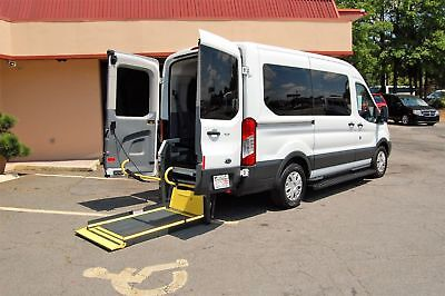 2015 Ford H-Cap. 2 Position VERY NICE HANDICAP ACCESSIBLE WHEELCHAIR LIFT EQUIPPED VAN....UNIT# 2203FT