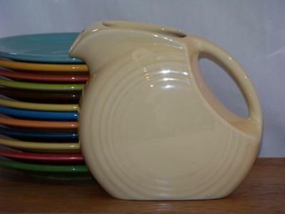 Fiesta IVORY Post 86 Small JUICE DISK Pitcher Discontinued Item 1st Quality NIB