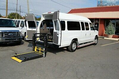 2012 Ford H-Cap 3 Position VERY NICE HANDICAP ACCESSIBLE WHEELCHAIR LIFT EQUIPPED VAN....UNIT# 2-3860FT