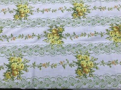 Vintage 1970s Flower single Sheet Fabric,ideal for dressmaking 104 Cm By 142 Cm