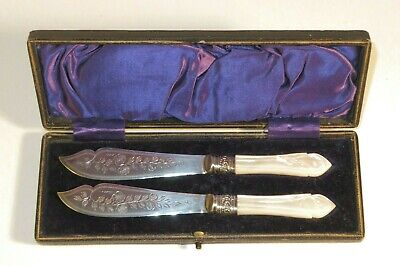 Nice 19Th Century Cased Pair Of Knives With Pearl And Silver Handles