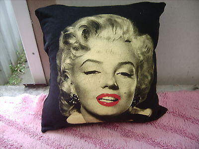 Marilyn Monroe   Cushion 16 Inch/ 40 Cm