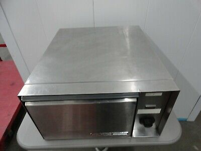 Wyott Food Warmer / Steamer  With Pull Out Draw.