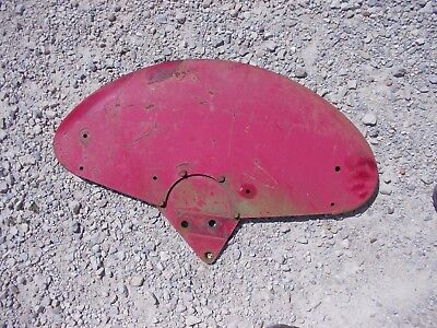 Farmall IH Cub Lowboy LB Tractor left fender + mount bracket