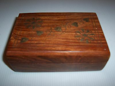 """Very Nice Wood on this Box w/Brass Floral & Heart Inlays -5 7/8"""" x 4"""" x 21/8""""H"""