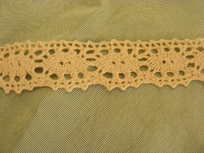 Cluney Cotton Natural Cream Lace x 5mts - 30mm Wide