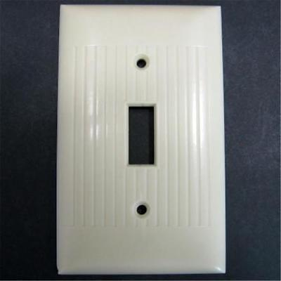 Mid Century Sierra Uniline Ribbed Ivory Single Switch Cover Plate Des Pat 151907