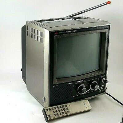 VINTAGE Sony Trinitron COLOR TV KV-9200 PORTABLE 9 in.Screen W/REMOTE Circa 1970