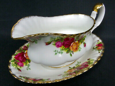 Old Country Roses Gravy / Sauce Boat & Stand, Gc, 1962-73, England, Royal Albert