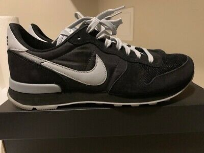 the best attitude a2498 652ce Nike Internationalist iD Men s Shoe black grey size 9 (worn once)