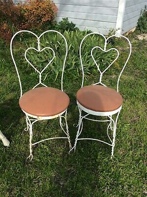 Vintage antique Ice Cream Parlor Wrought Iron twisted heart Wire Chairs