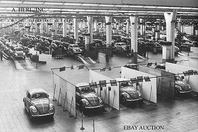 Volkswagen Beetle –  VW Bug – VW Käfer – 1955 shipping in VW factory – photo