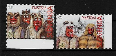 SLOVENIA Sc 384-5 NH issue of 2000 - COSTUMES
