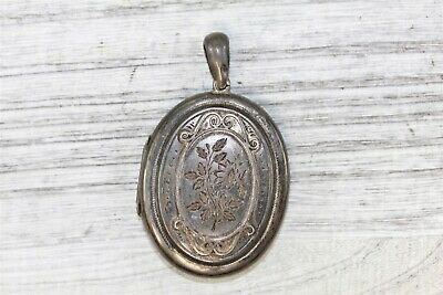 1882 Aesthetic Victorian 925 Sterling Silver  Large Oval Pendant Locket N3948