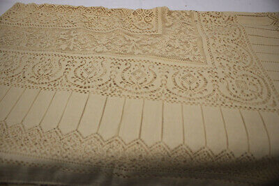 """Vintage Quaker Lace Natural White Tablecloth BEIGE in color 72"""" x 67"""" Rectangle"""